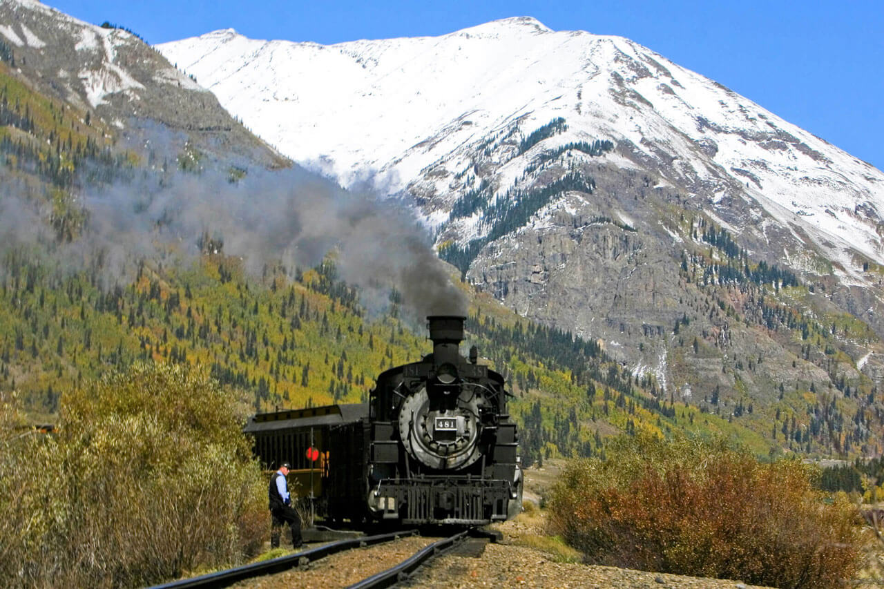 Get all aboard Colorado's amazing trains with the best local B&Bs